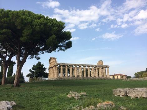 Paestum - spectacular temple