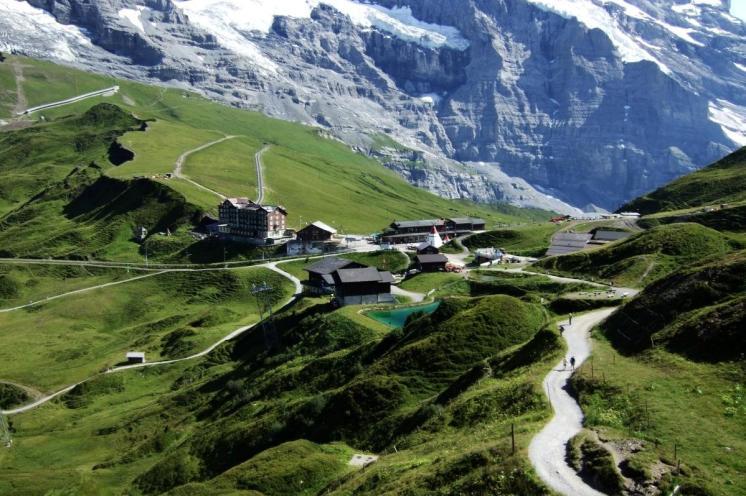 Kleine Scheidegg in Summer