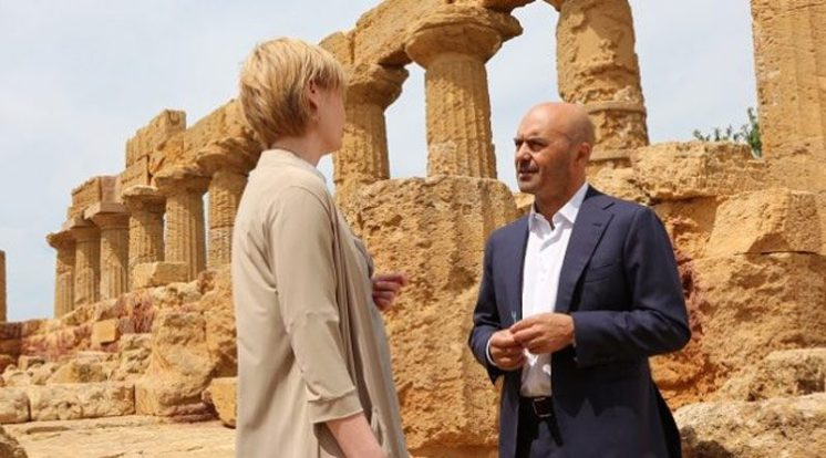 Montalbano has an importante meeting at Agrigento, Sicily