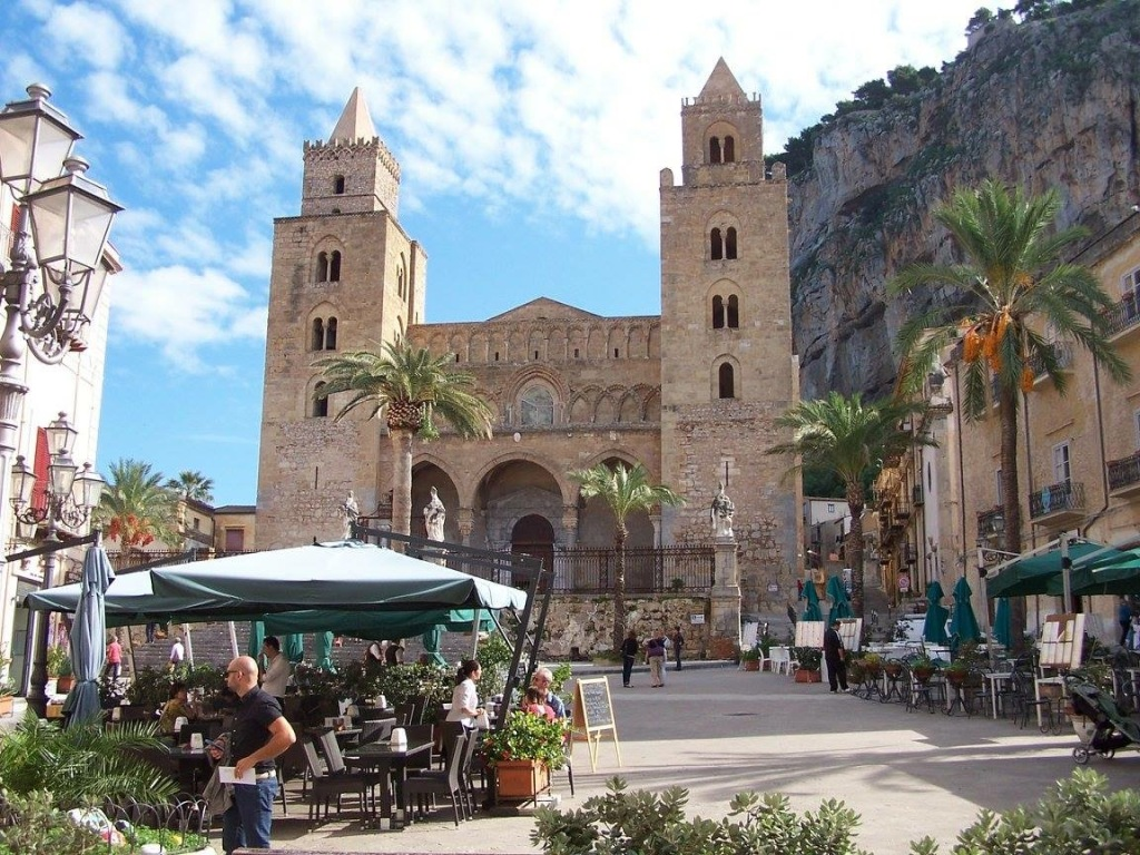 Cefalu - Cathedral a blissfully sunny day in April, 2019