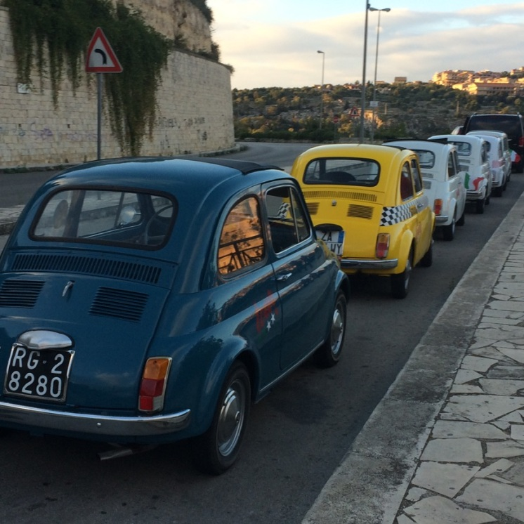 Modica - Fiat 500s now halt!