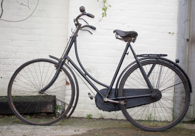 Mrs Bech's bicycle - very similar