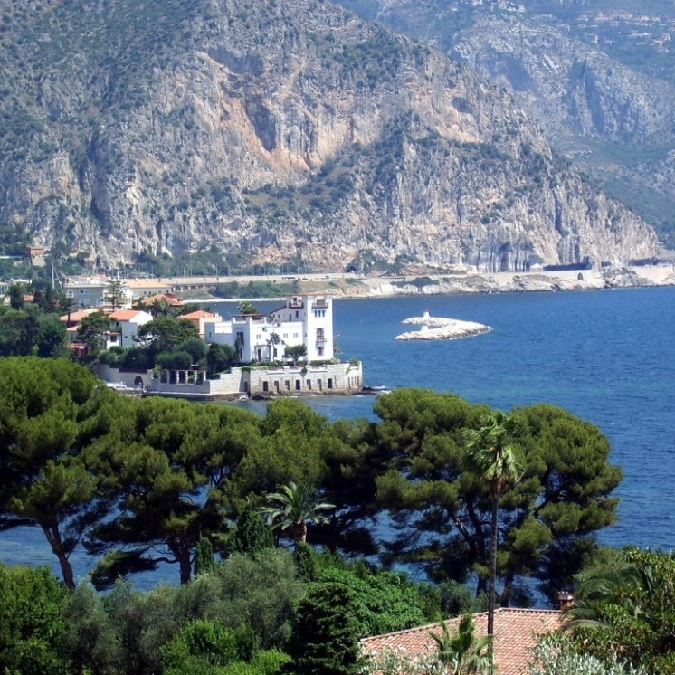 Beaulieu sur mer, from the St Jean Cap Ferrat road
