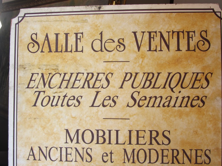 Beaulieu sur mer - the auction room is a fun place to visit
