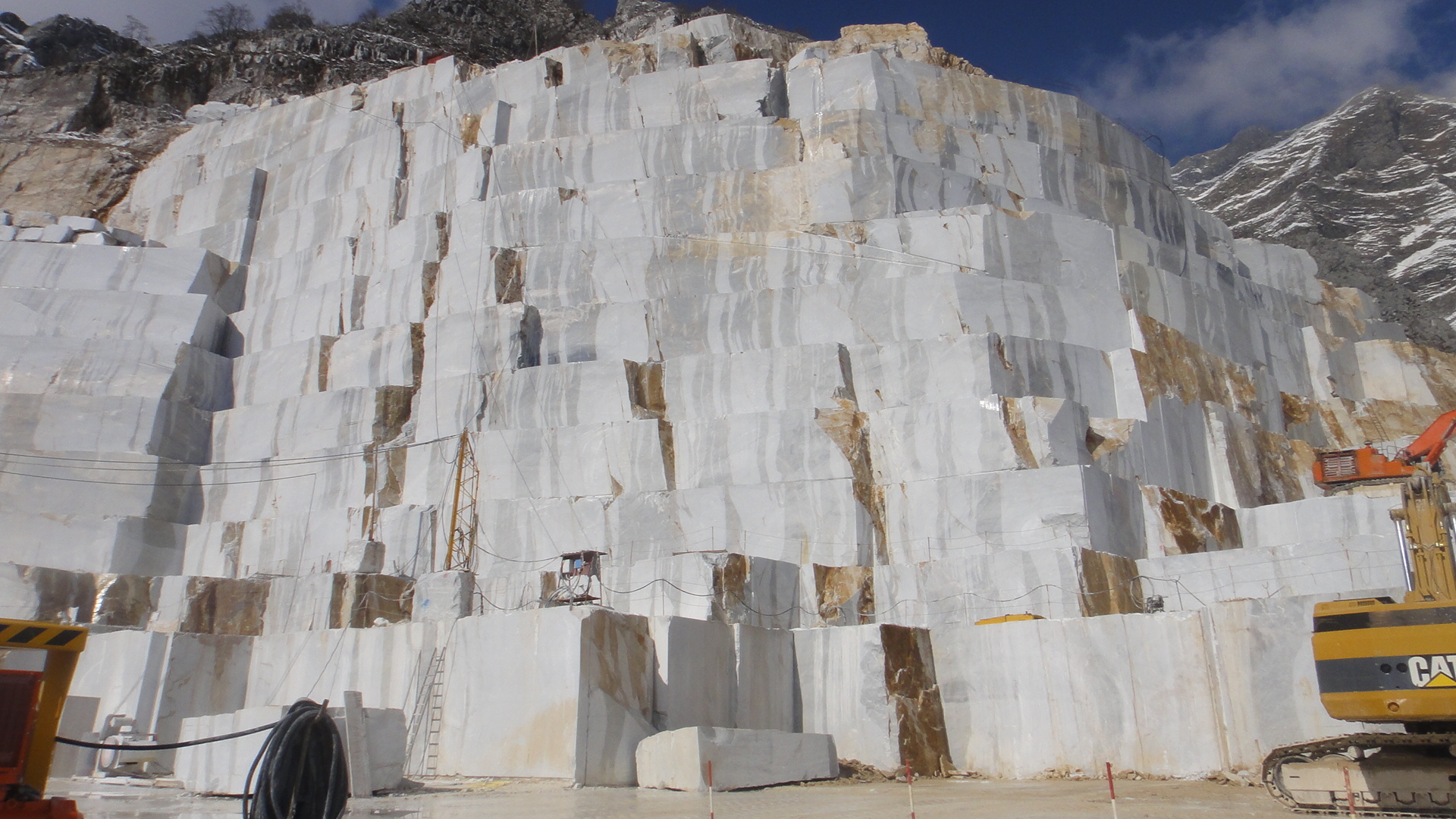 Carrara Marble Quarry – The Educated Traveller