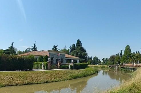 Brenta Canal - fluvial view - Barchessa Valmarana