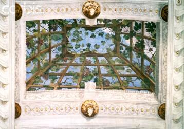 A trompe d'oeil ceiling detail