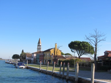 Burano - arriving by boat