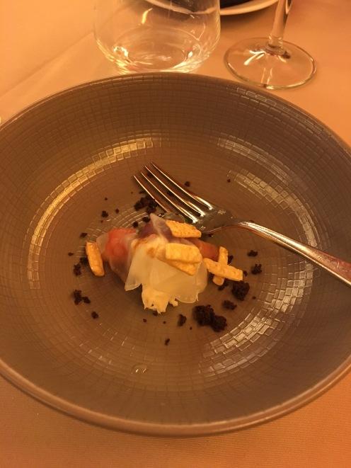 Mozzarella with onion sorbet, marinated prawn