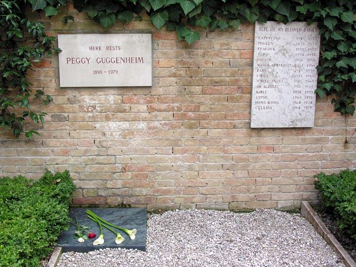 A Guggenheim memorial - dogs and Peggy