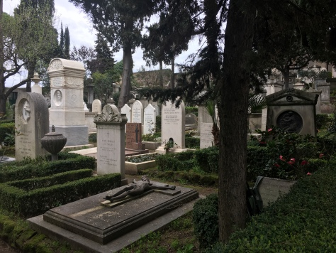 Protestant Cemetery, Roma - view
