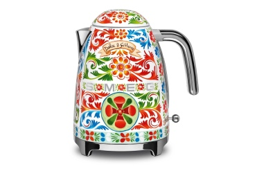 SMEG and D&G Kettle, designer style, Italy