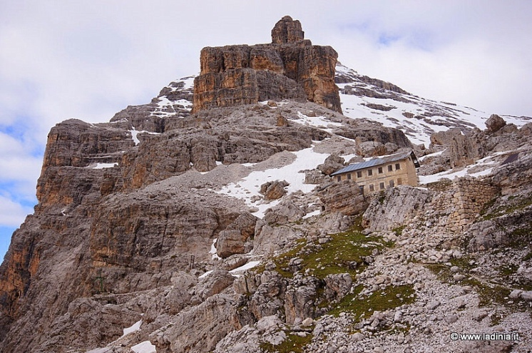 The Tofana di Rozes, Dolomites with Rifugio Cantore in the foreground