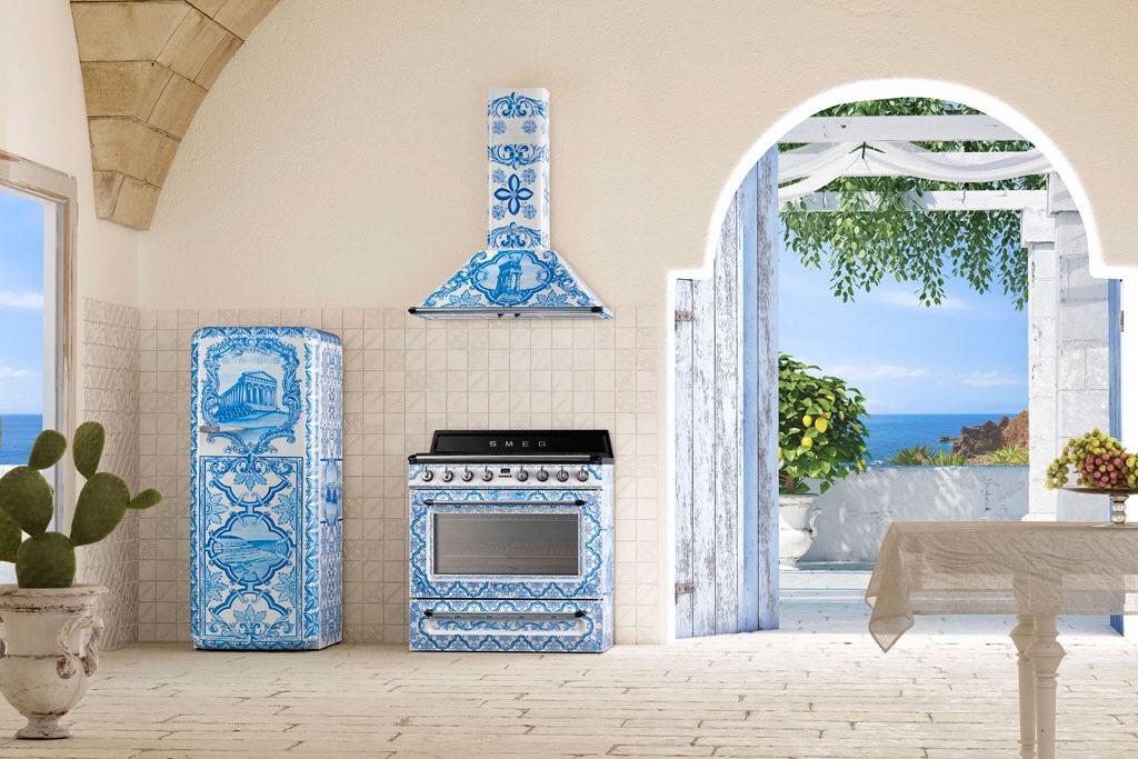 SMEG - D&G super stylish kitchen equipment - https://wp.me/p5eFNn-3v8