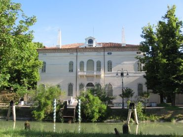 The magic of the Brenta, Venice - join our Writer's Retreat, September 2019