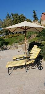 La Meridiana, Liguria - sun loungers by the pool