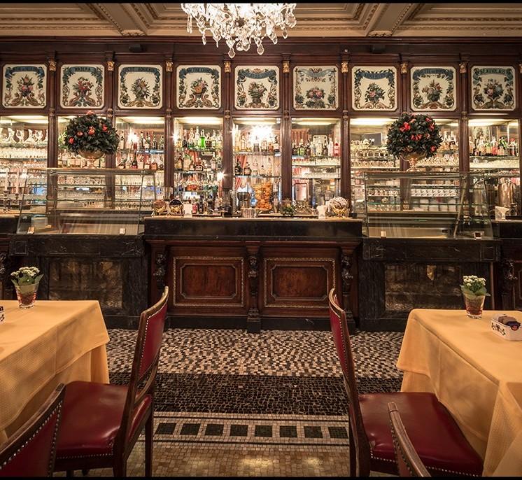 Baratti and Milano Caffe, Torino