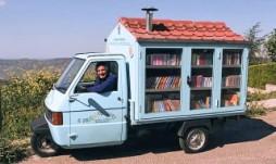 Antonio La Cava - Bibliomotocarro (Basilicata)