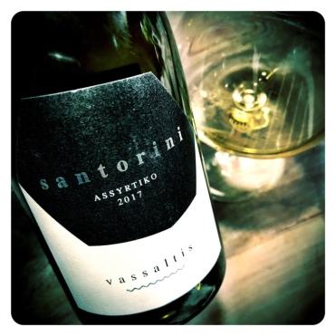 A fine, dry white wine from Santorini's Vassaltis vineyard (2017)