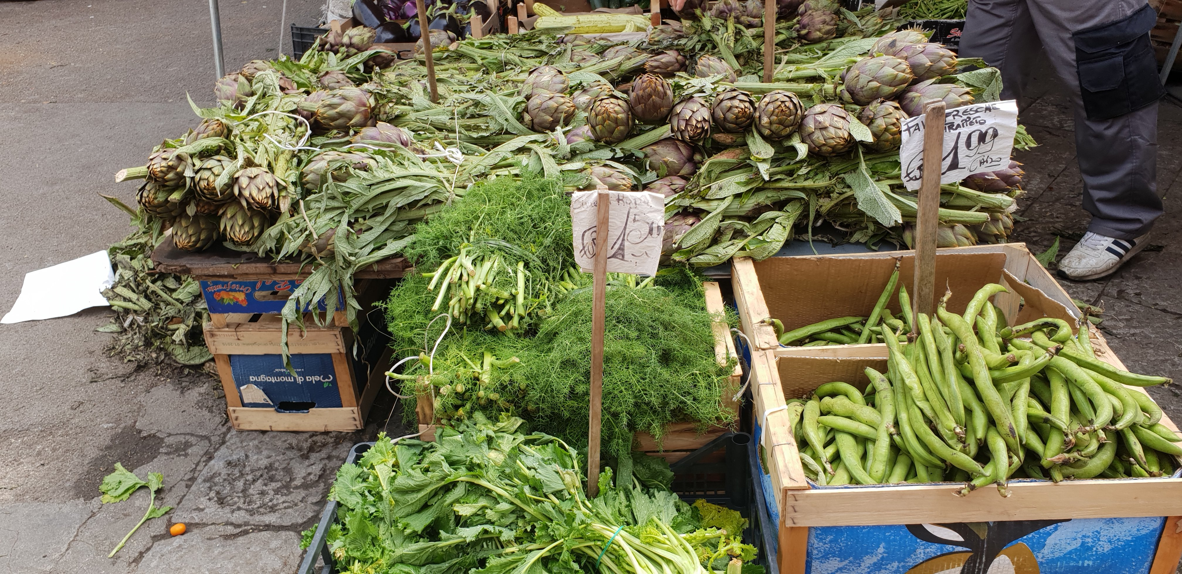 The new season's fresh vegetables, Capo Market, Palermo