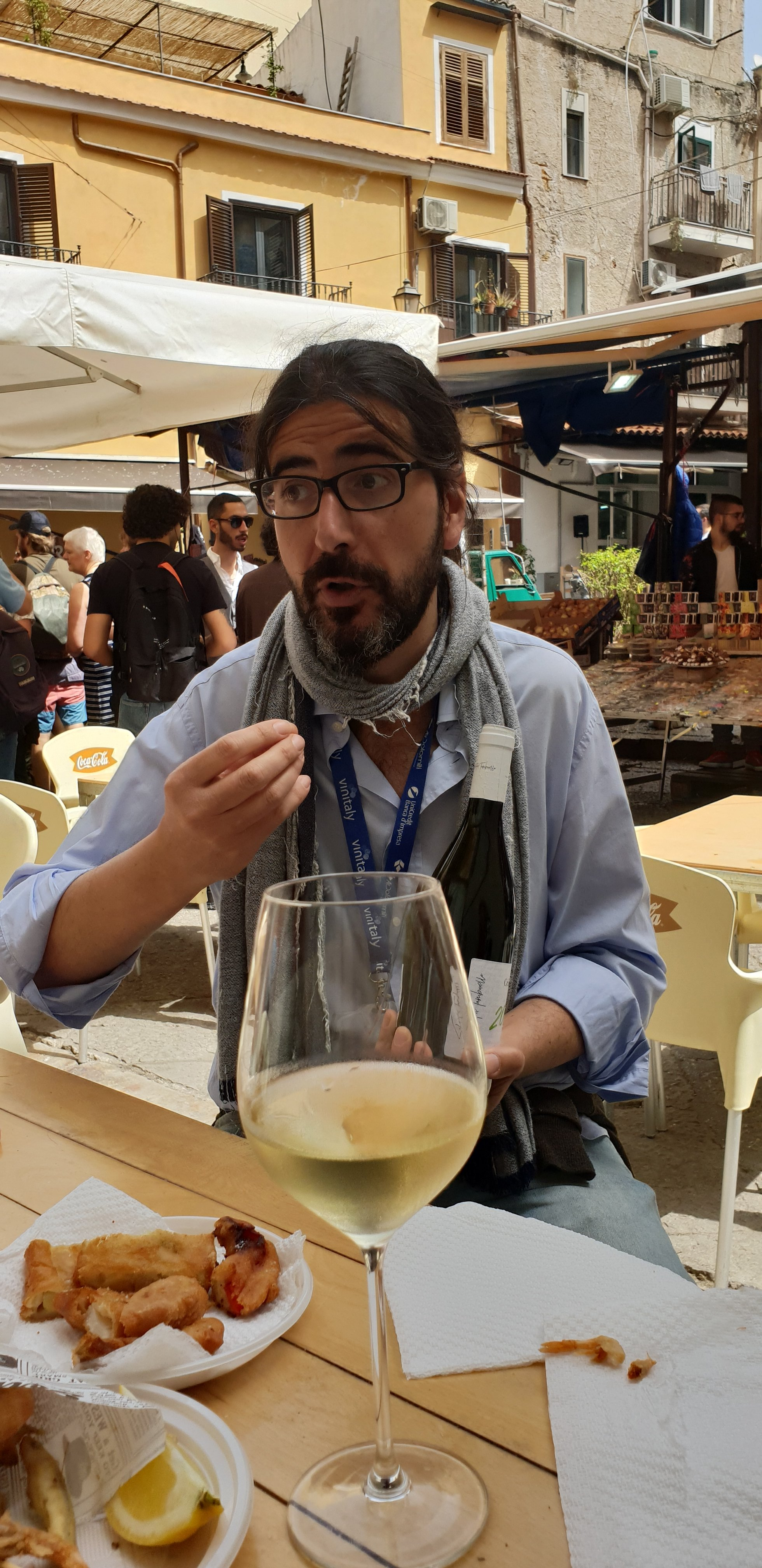 Giorgio explains Sicily's wine industry to us!