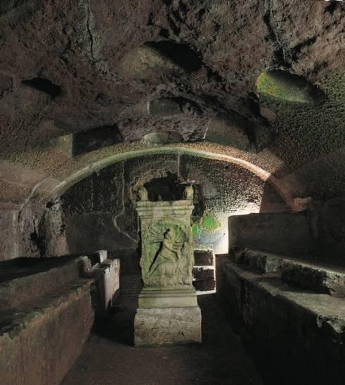 Mithraic Temple - Altar to Mithraeus, San Clemente, Roma c. 2nd century AD