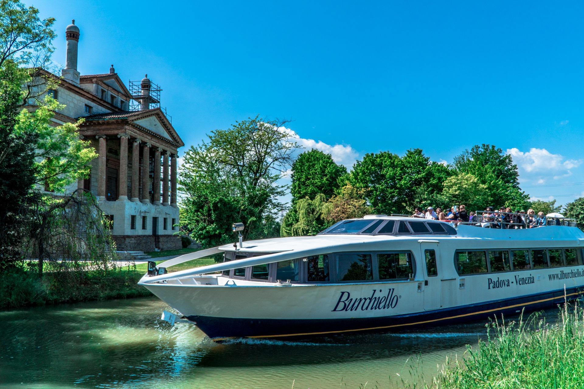 Burchiello - modern vessel outside Villa Malcontenta (Foscari)