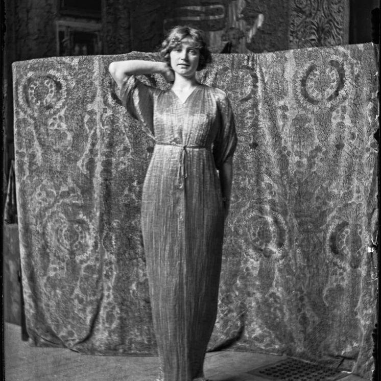 Delphos gown - Isadora Duncan 1907