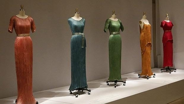 The Metropolitan Museum in New York hosted a Fortuny exhibition in 2016, here are some of the Delphos gowns