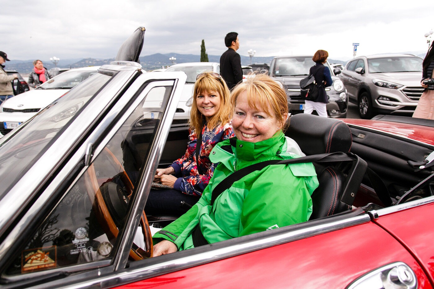 Janet Simmonds at the wheel - help!