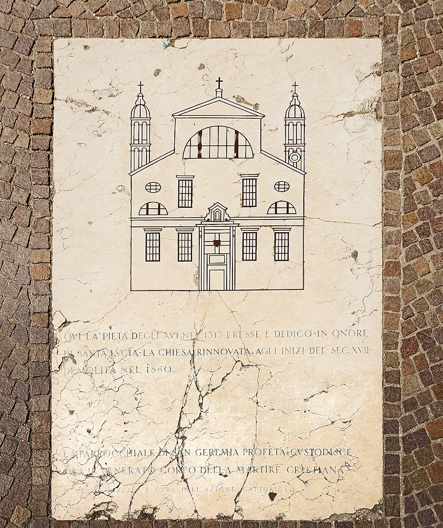 Santa Lucia (Venice) - a plaque in the terrace, in front of Ferrovia Santa Lucia reminds us of the location of Santa Lucia Church