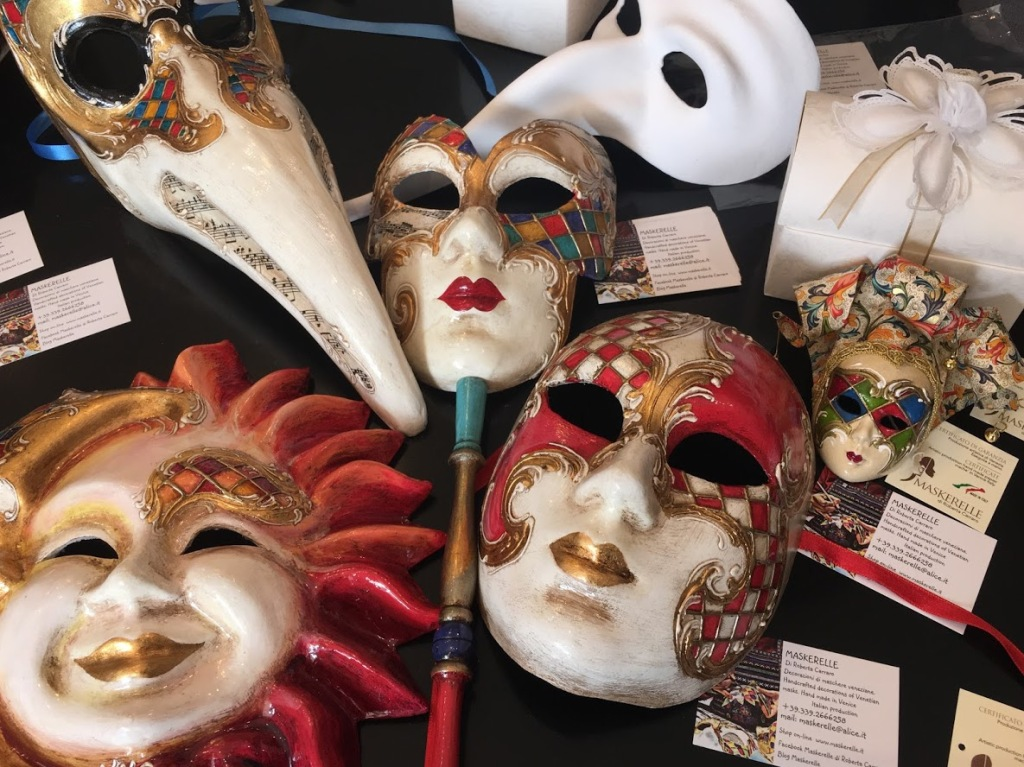 Venice - mask selection by Roberta - visit: www.maskerelle.it