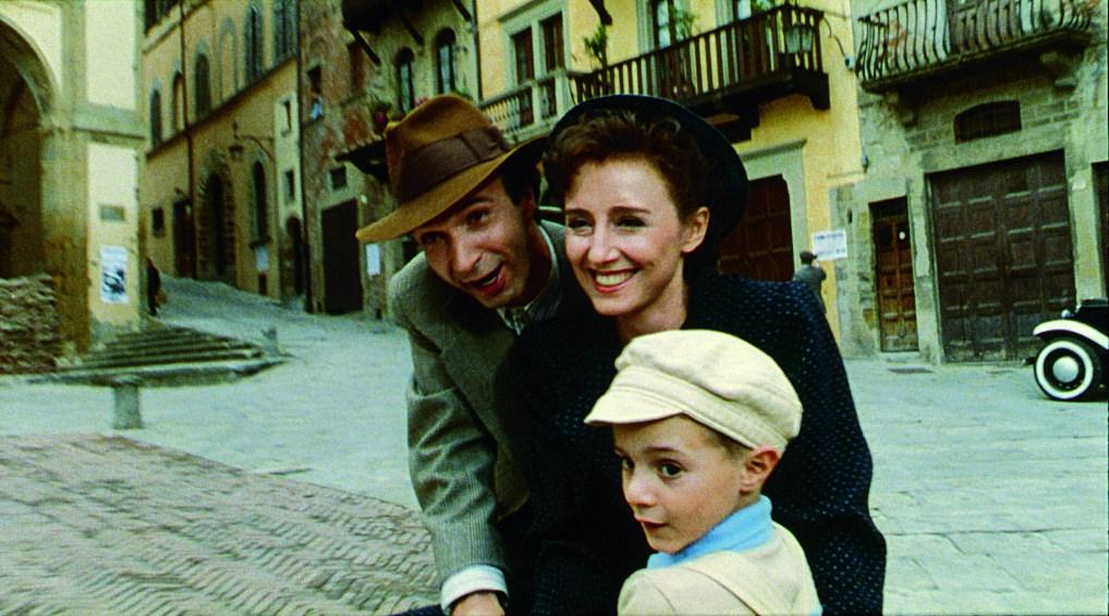 Guido's family in Arezzo - La Vita e Bella