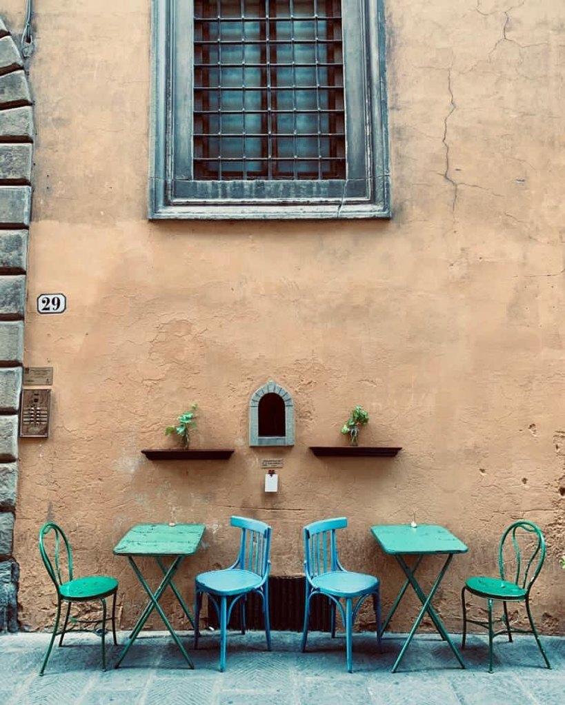 Florence - wine window at Babae, Via Santo Spirito